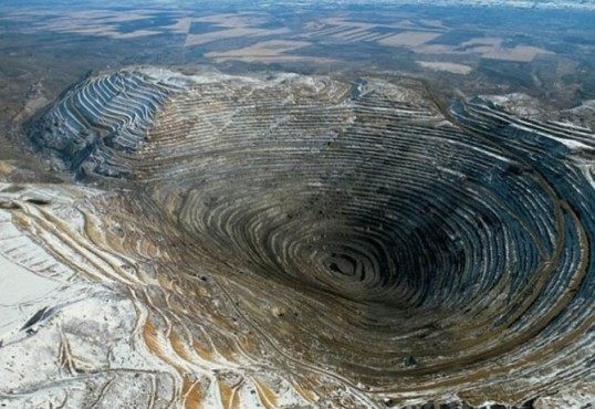 "World's Largest ""Open Pit"" Copper Mine"