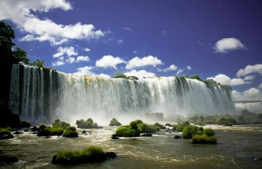 iguassu-falls-brazil-argentina